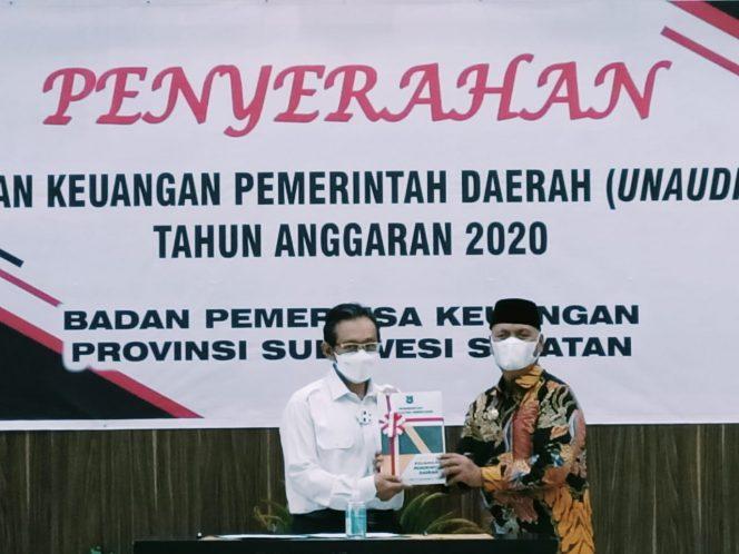 Bupati Enrekang Serahkan LKPD 2020 ke BPK Sulsel