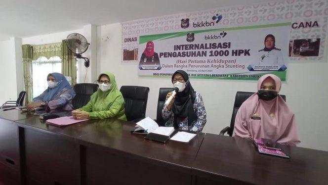 Ketua TP-PKK Enrekang Minta Kantin Sekolah Jual Produk Lokal dan Alami