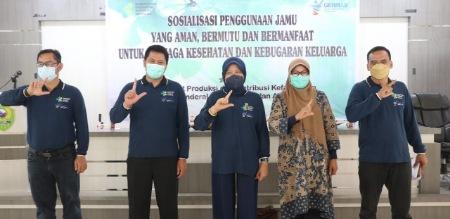 Legislator NasDem, Hj Hasnah Syam, Sosialisasi 'Bude Jamu'