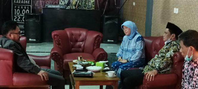 Bupati Barru dan Istri Temui Ketua KKDB